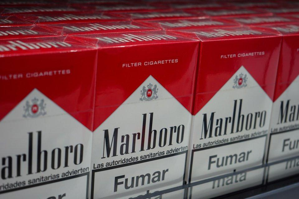 cigarettes-461894_1920